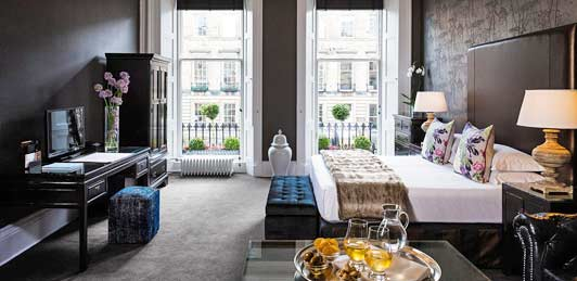 Hotel Nira Caledonia is a popular luxury hotel in Edinburgh.