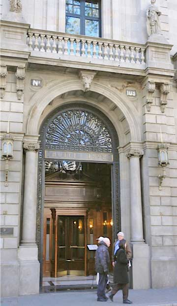 Authentic barcelona hotel and opera tour authentic Hotel original barcelone