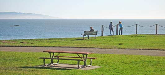 Spyglass Park in Shell Beach is a great picnic spot just off Highway 101.