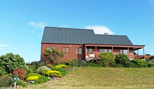 Helen's Waikanae home overlooks a beautiful New Zealand beach.