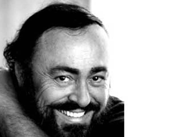 Visiting Luciano Pavarotti S Grave In Italy Is A Memorable