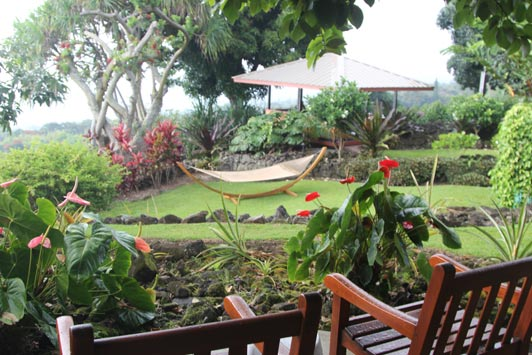 Unlike big resorts on the Big Island, Holualoa Inn offers guests a serene and peaceful environment.
