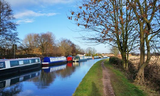 Narrowboats moored near Fazeley, West Midlands.