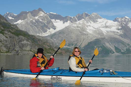 Tips for planning 3G trips: include activities like this mother-daughter kayak experience.