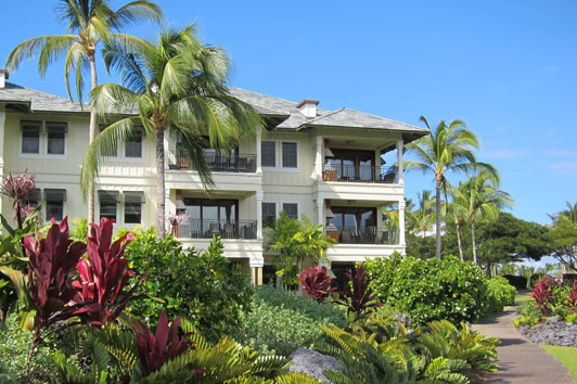 Vacation Rentals in Hawaii - Maui & Big Island - Authentic Luxury Travel