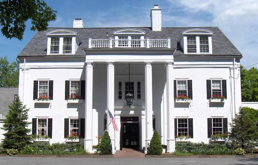 Crabtree's Kittle House is well known for its great wine cellar, gourmet meals, and cozy colonial-style lodgings.