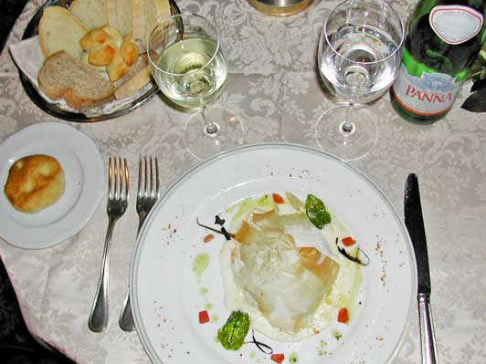 Authentic Florence: Appetizer, Terrazza Brunelleschi Restaurant. Photo credit: Art Moldavia.