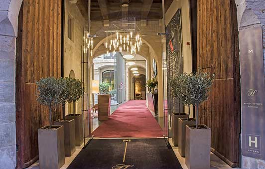 Authentic Barcelona hotels - Entrance o The Mercer.