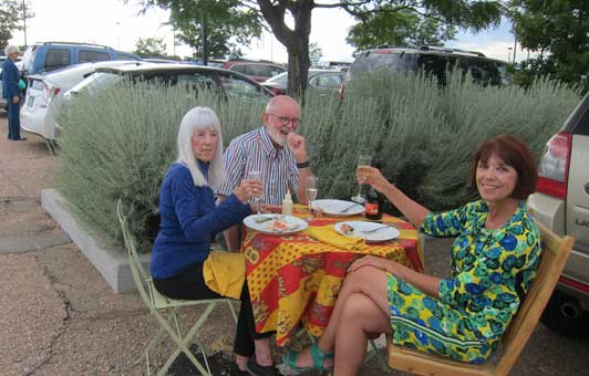 Santa Fe Opera patrons have raised tailgating to a high art.