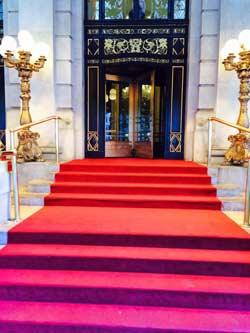 photo3-red-carpet-New-York-City-edited-for-ALT