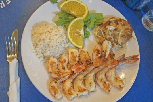Cozumel restaurants: my delicious La Perlita camarones (shrimp).