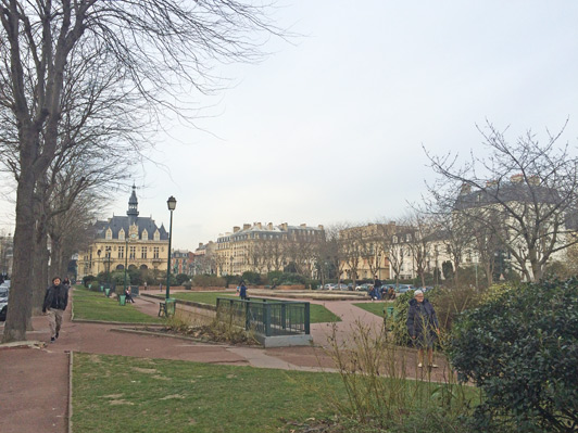 Vincennes makes a great base from which to explore Paris and surroundings.
