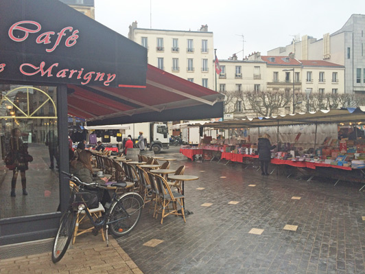 Vincennes locals like to meet for coffee before or after the Sunday market.