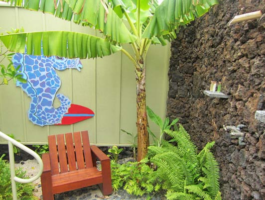 Lava Lava Beach Club cottages come with both indoor and outdoor showers.