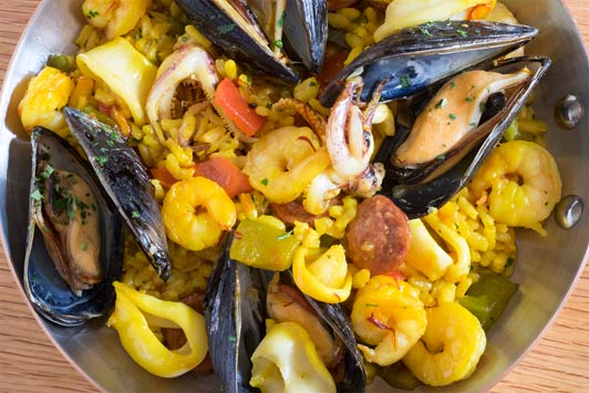 Houston restaurants: Bistro Menil paella.