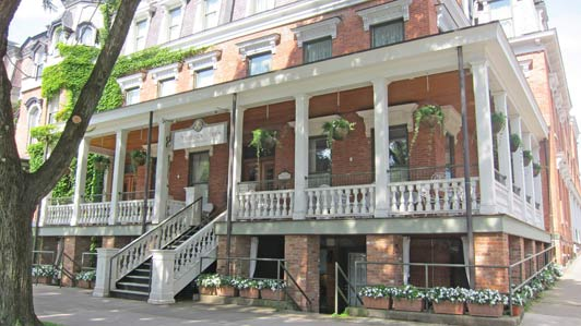 The Saratoga Arms, a beautiful boutique hotel, is one of my favorite things about Saratoga Springs.