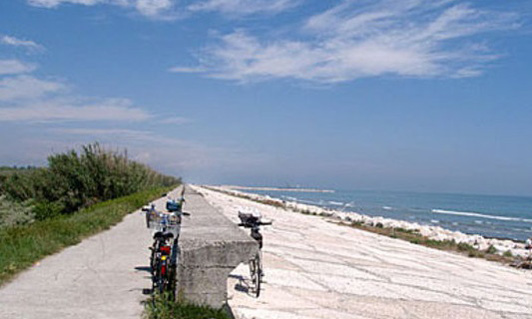 An afternoon of cycling by the sea provides a refreshing change from the busyness of central Venice.