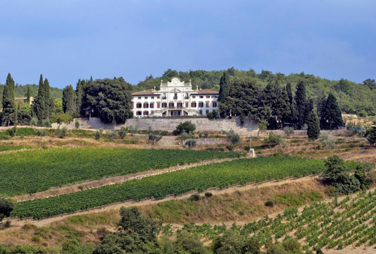 A luxury villa in Italy: Villa Vistarenni, Florence.